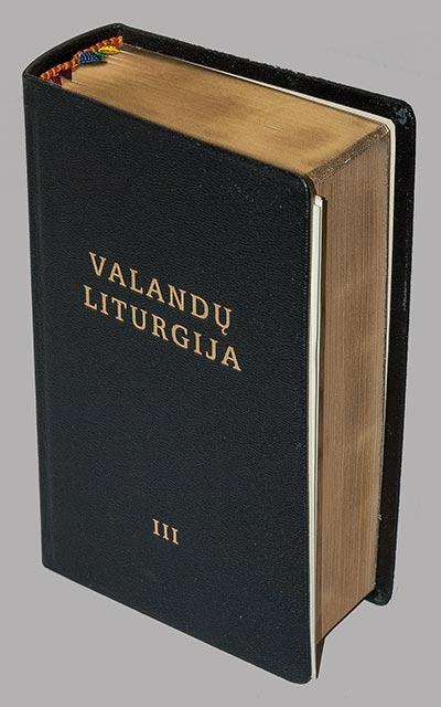 valandu-liturgija-juoda-3-1